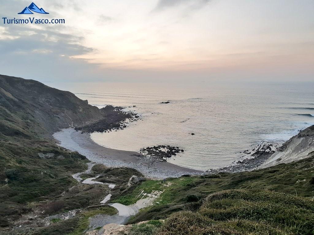 Playa de Meñakoz desde los acantilados