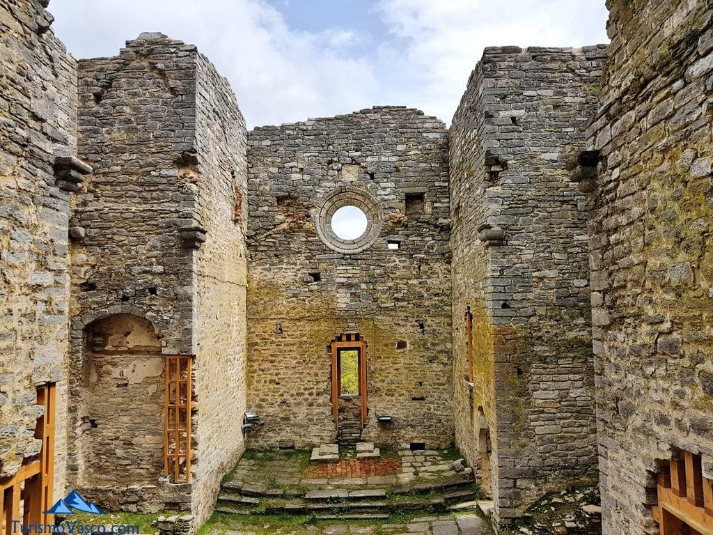 Interior del monasterio del Jardín Botánico de Santa Catalina