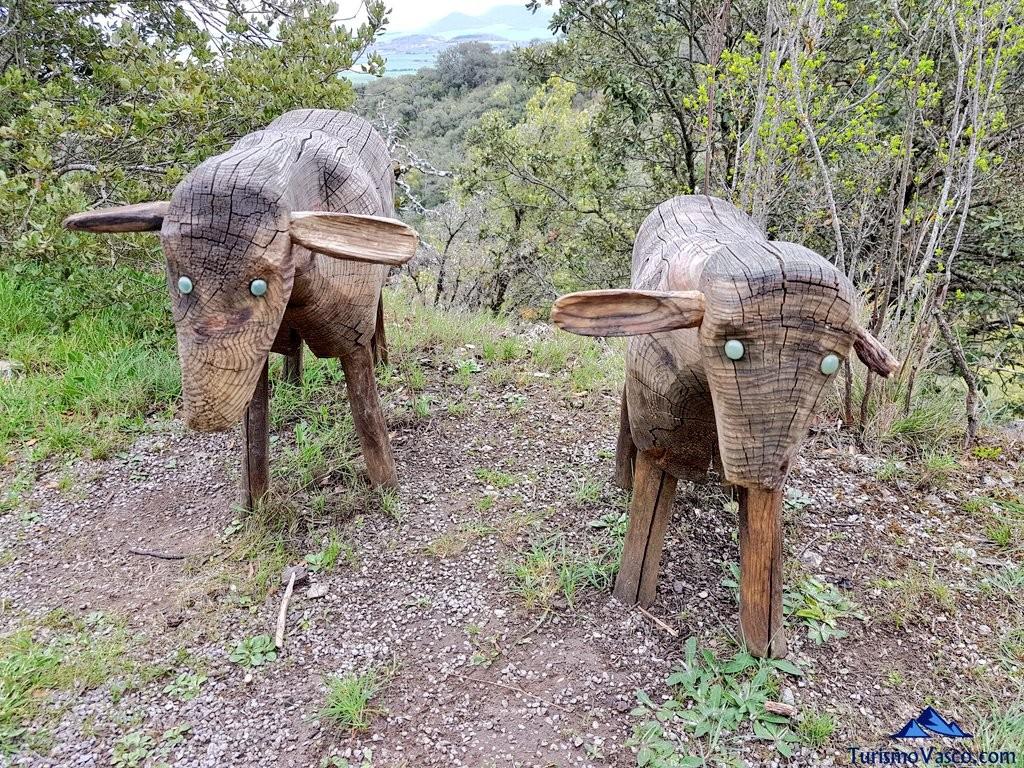 Ovejas talladas en el Jardín Botánico de Santa Catalina