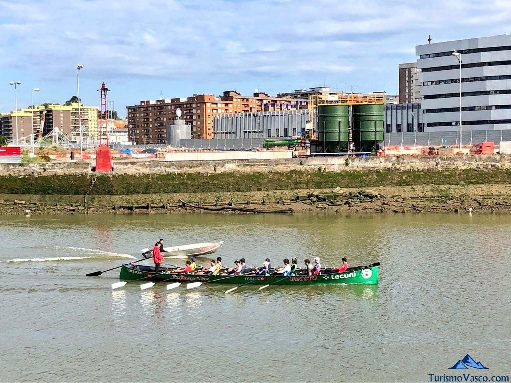 Ría de Bilbao, trainera