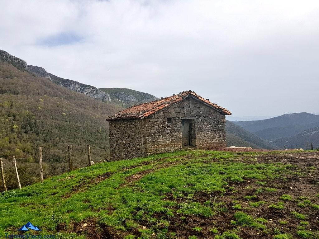 Vistas desde Imizkotz- Imízcoz, Valle de Arce, Pirineo Navarro