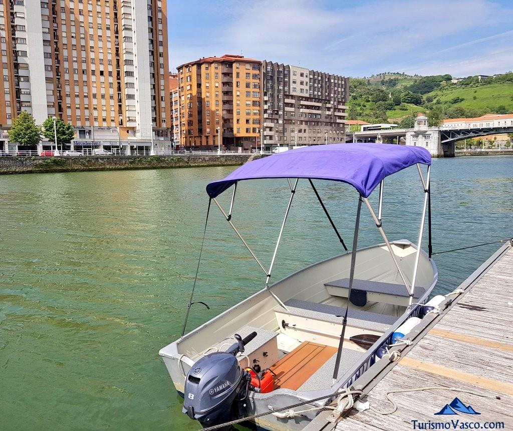 Rivercheer, lanchas en la ría de Bilbao