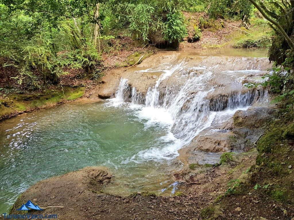 cascada de la ruta del agua de Berganzo