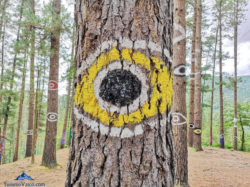 Ojo en el Bosque de Oma, el Bosque Pintado