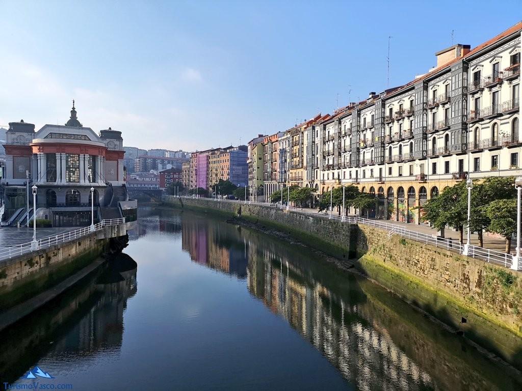 Reflejos en la ria de Bilbao