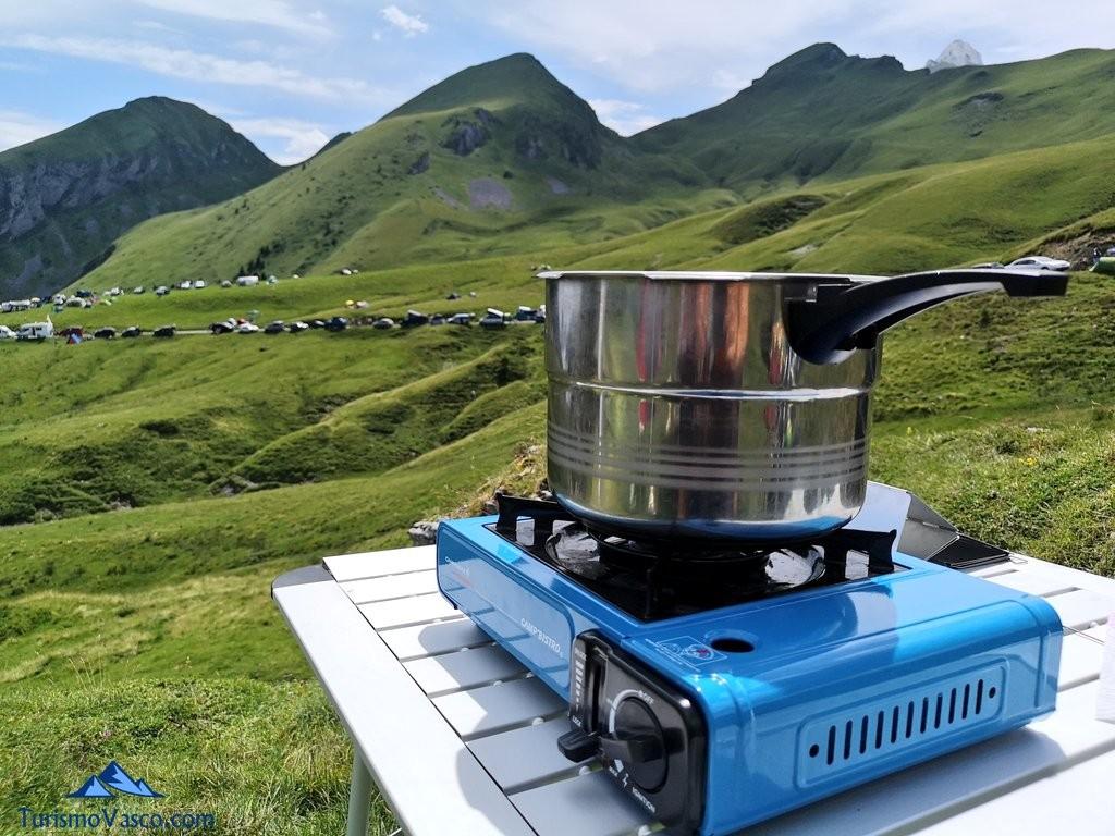 camping en el viaje al tour de francia