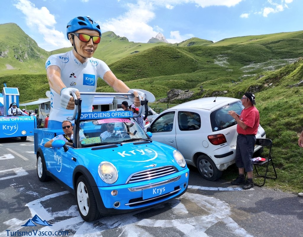 coche caravana publicitaria, viaje al tour de francia