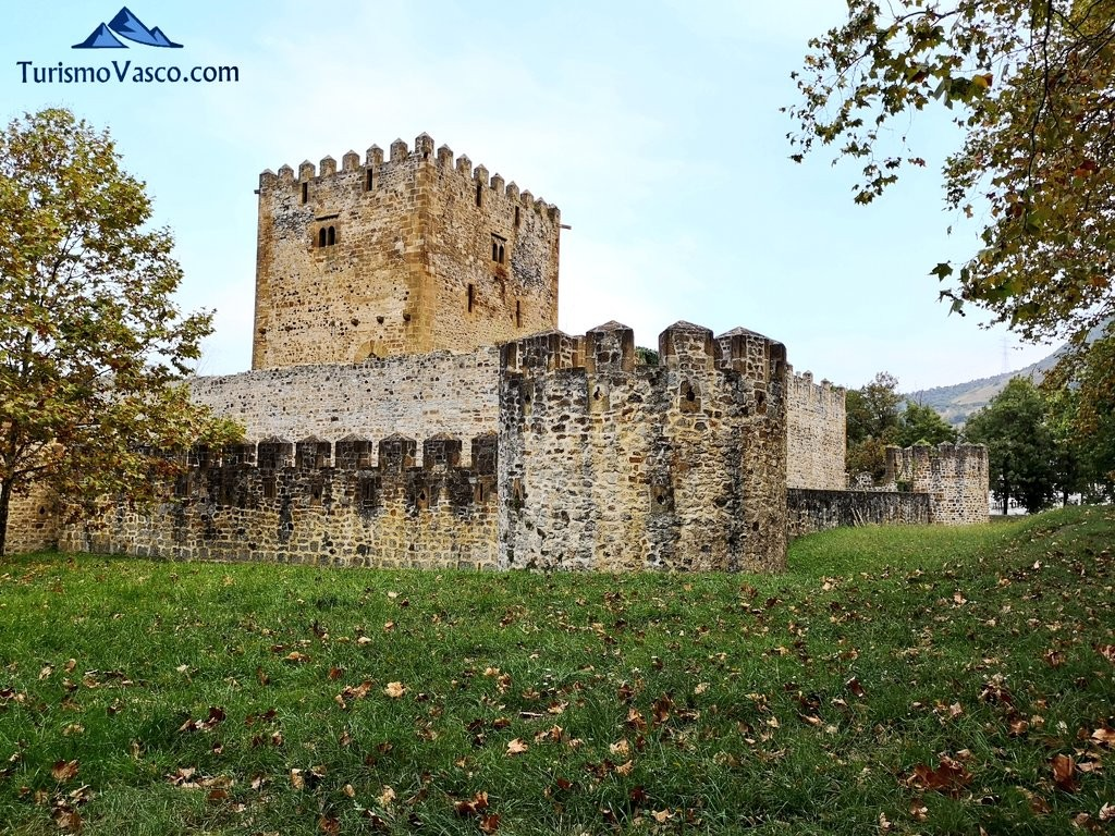 Exterior del Castillo de Muñatones