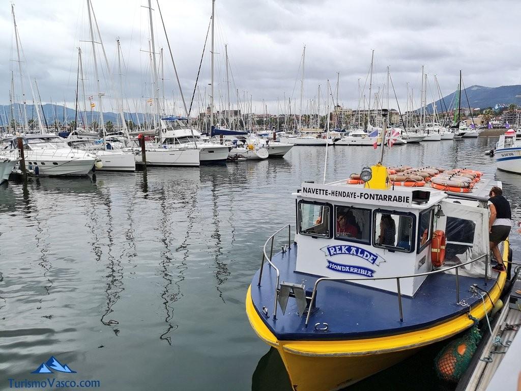 Rekalde, barco Hondarribia Hendaia