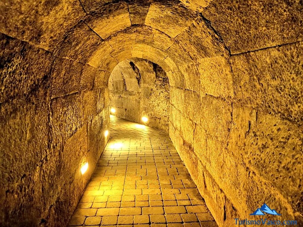 Tunel subterraneo bodega fabulista, laguardia