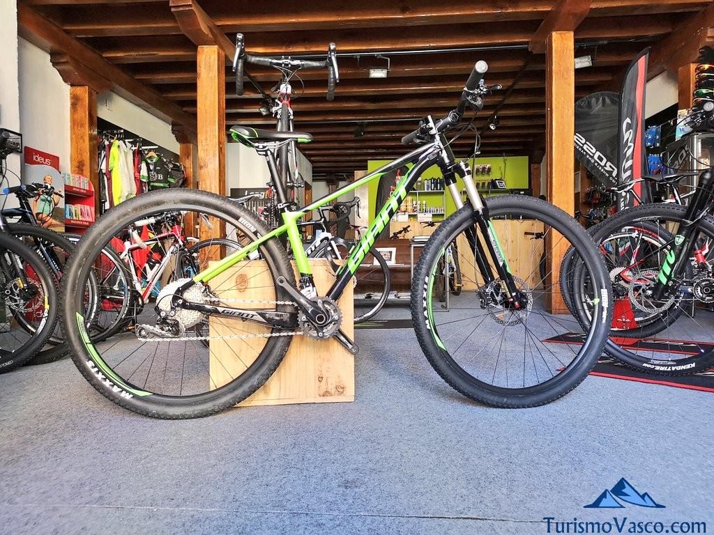 Bicicleta, rutas en bici por Euskadi con Bizkairoute