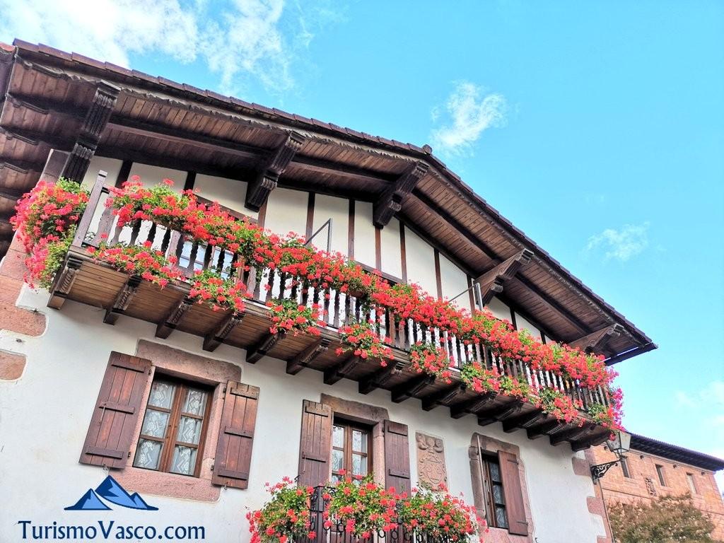 Casa y palacio de amaiur