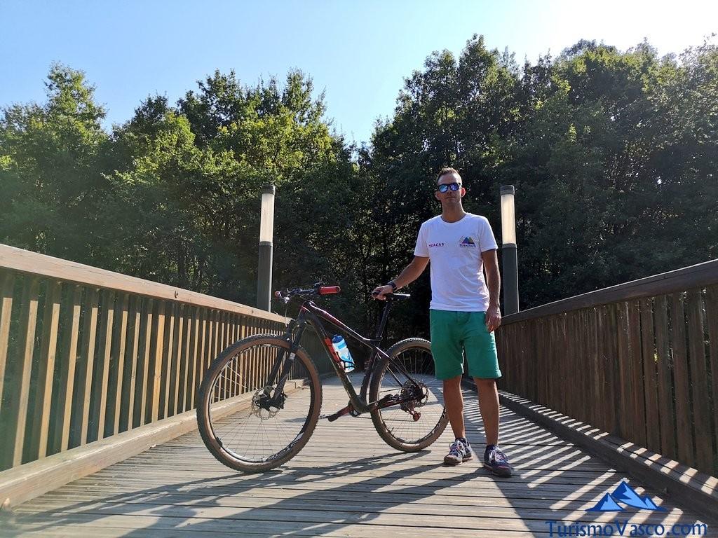Iker, rutas en bici por Euskadi con Bizkairoute