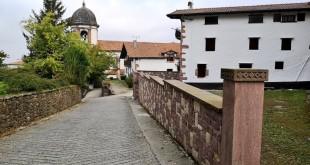 Zugarramurdi, iglesia