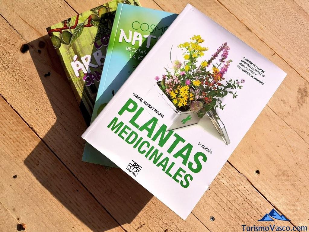 libros Gabriel, taller de plantas medicinales en Zeanuri