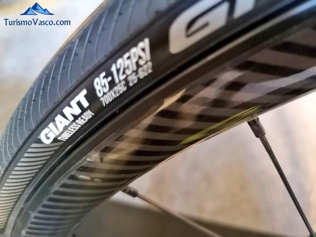 rueda, rutas en bici por Euskadi con Bizkairoute