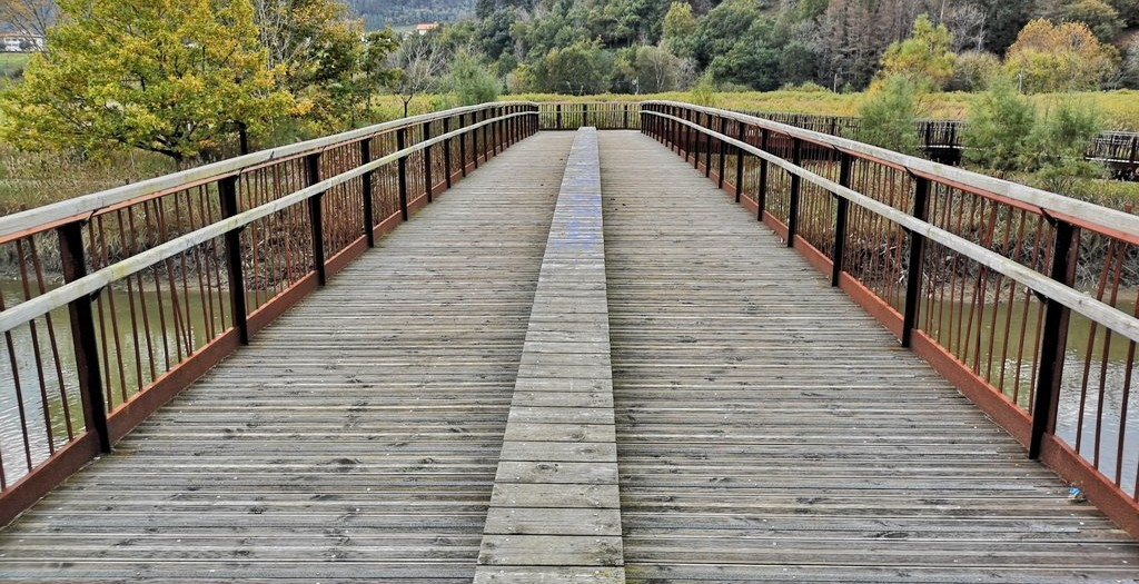 Puente , ruta por urdaibai gernika kortezubi
