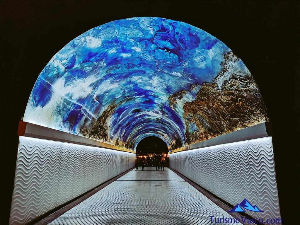 Tunel del antiguo, donostia san sebastian