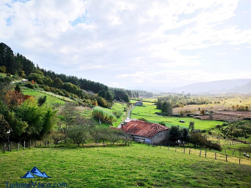 Vistas desde la ruta Urdaibai Gernika Kortezubi