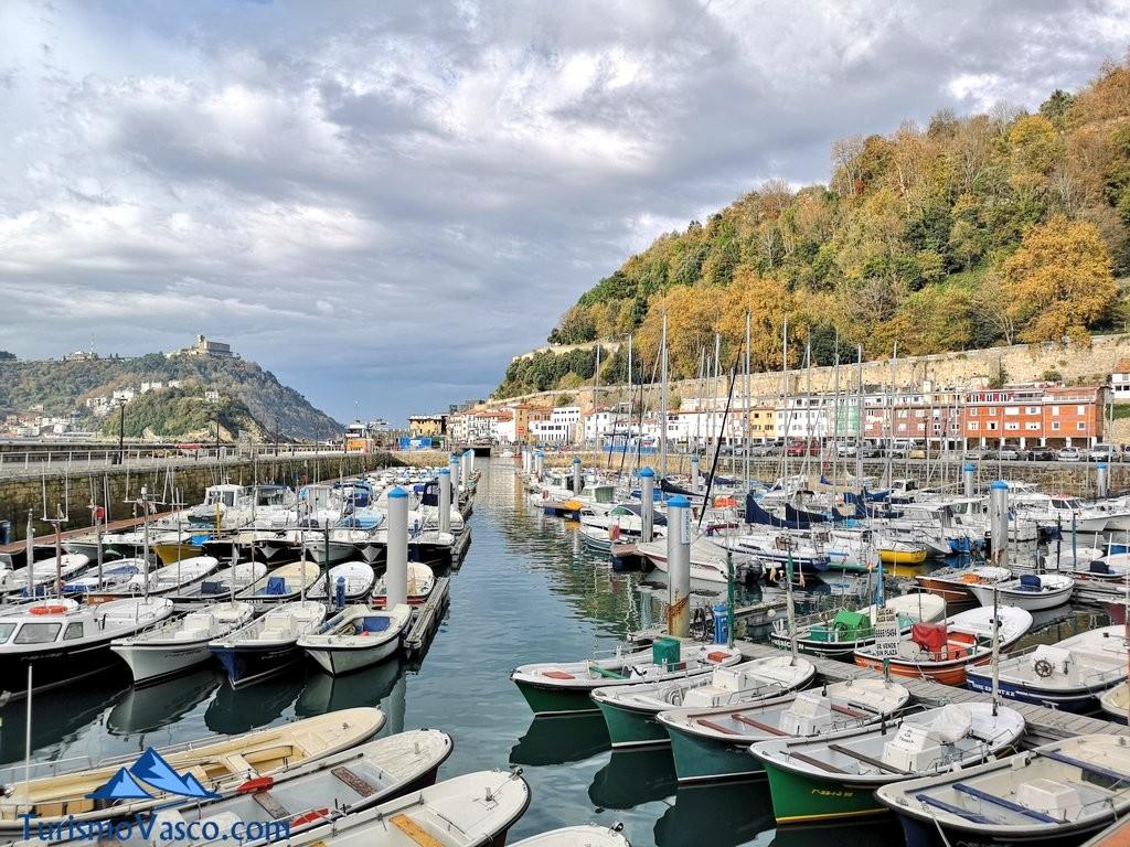 barcos puerto de Donostia san sebastian