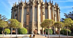 Exterior de la catedral nueva de Vitoria gasteiz