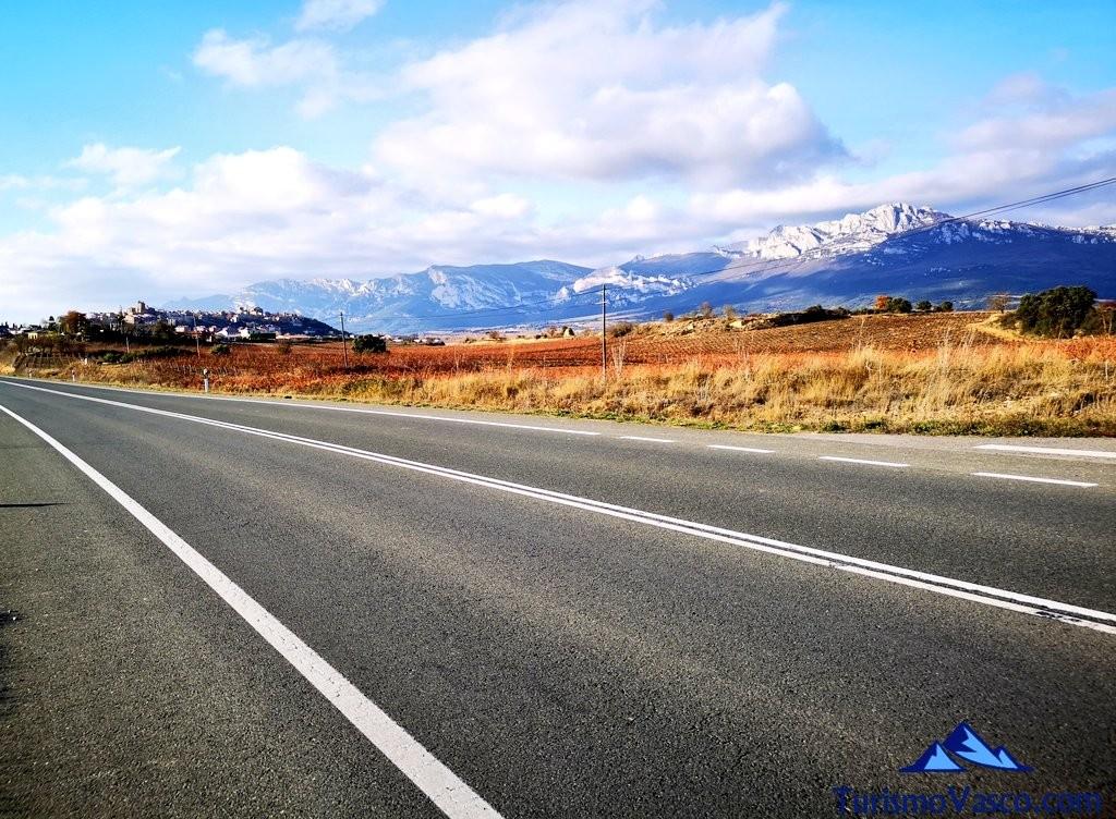 carretera, ruta por Laguardia y sus lagunas