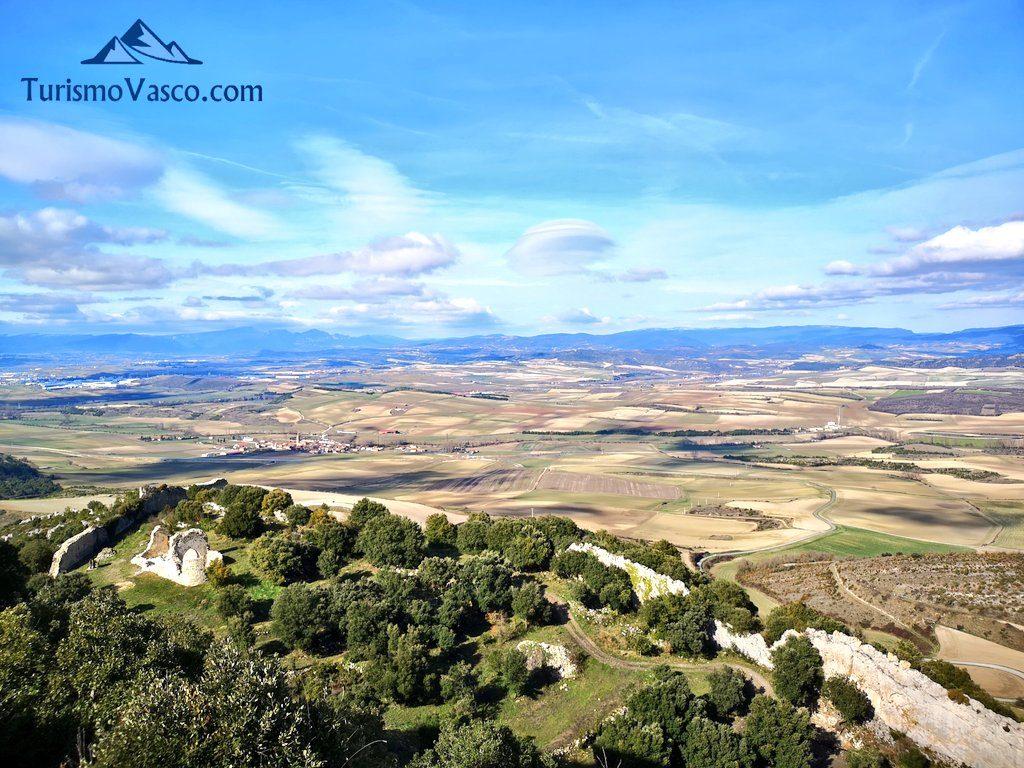 La villavieja desde el Castillo de Portilla