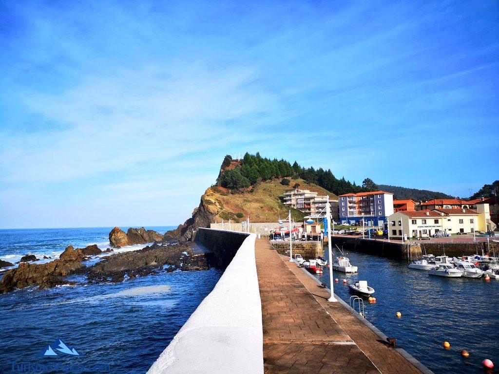 paseo puerto de armintza