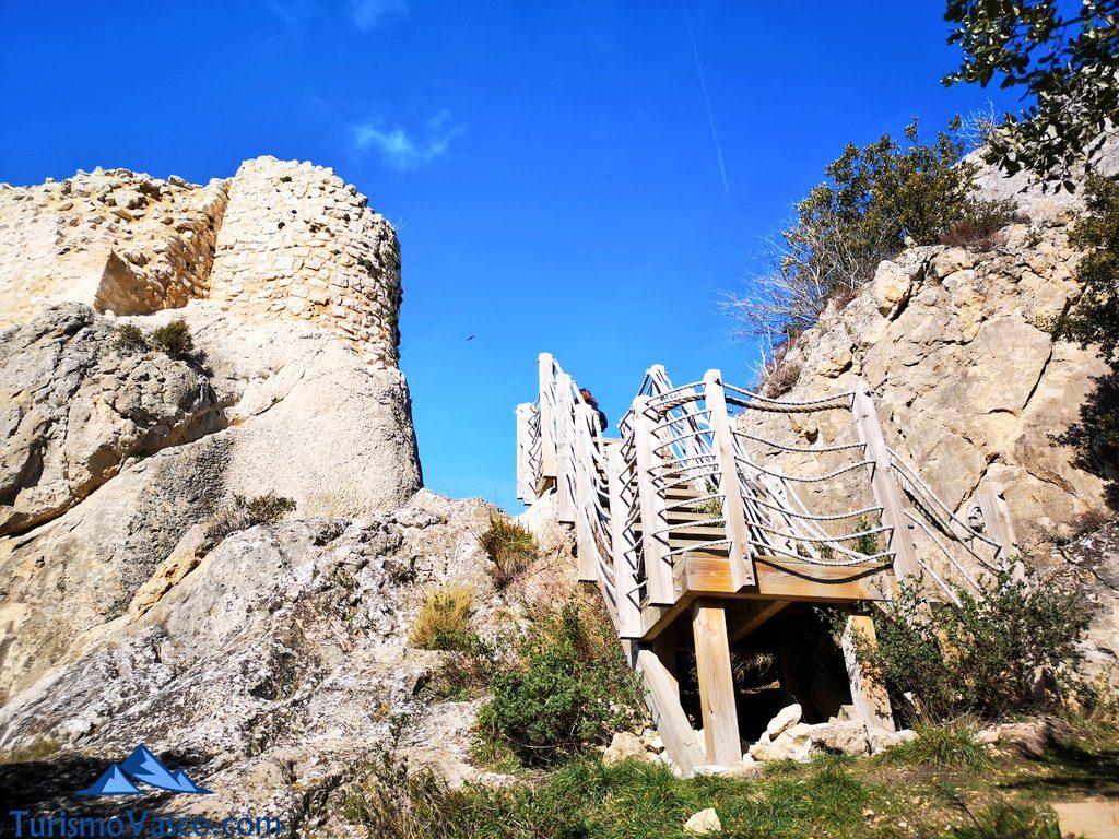 subida, Castillo de Portilla