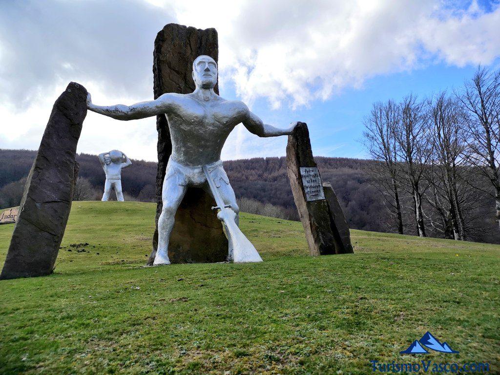 escultura, Peru Harri, el museo de Perurena