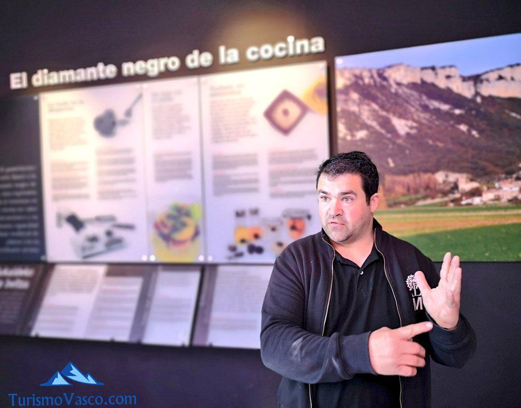 chencho, museo de la trufa de navarra