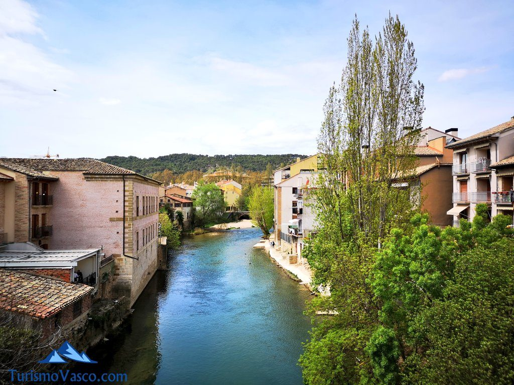 vistas desde el puente de Estella Lizarra