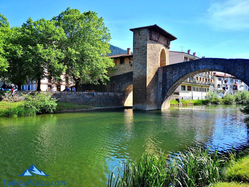 puente medieval balmaseda