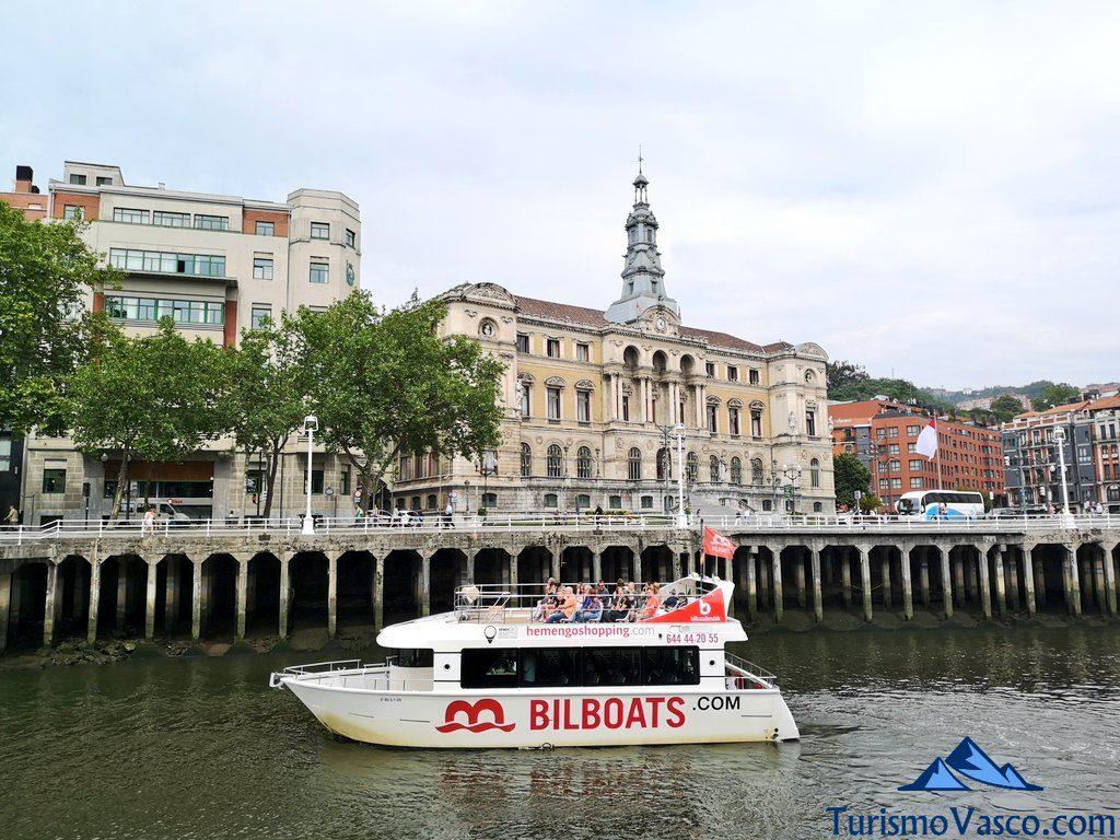 bilboats rutas en barco bilbao, ayuntamiento