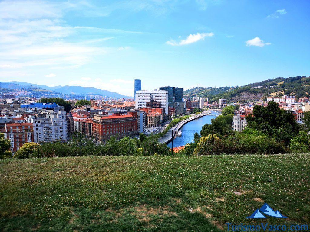 Bilbao desde el Parque Etxebarria, Miradores de Bilbao