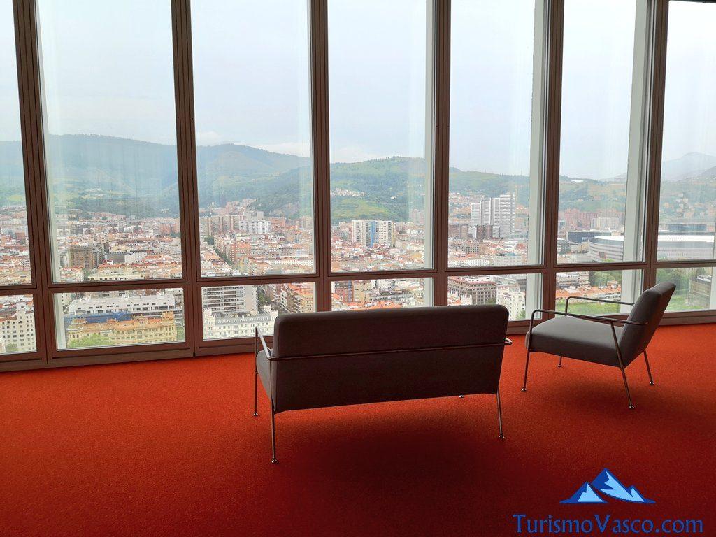 muebles, mirador Torre Iberdrola