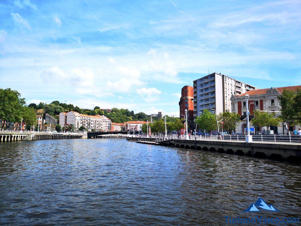 muelle Bilboats, pio baroja, rutas en Barco en Bilbao