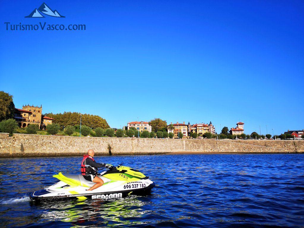 grandes villas, alquiler de motos de agua en Bilbao