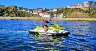 puerto viejo de algorta, alquiler de motos de agua en Bilbao cab