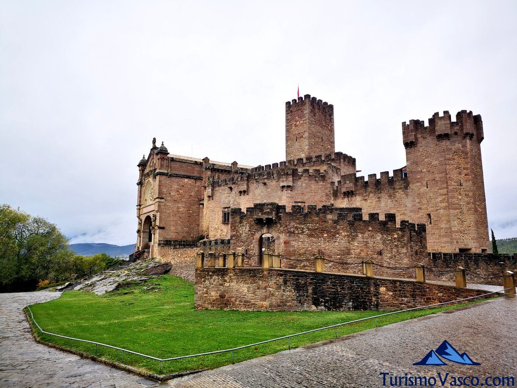panoramica, Castillo de Javier