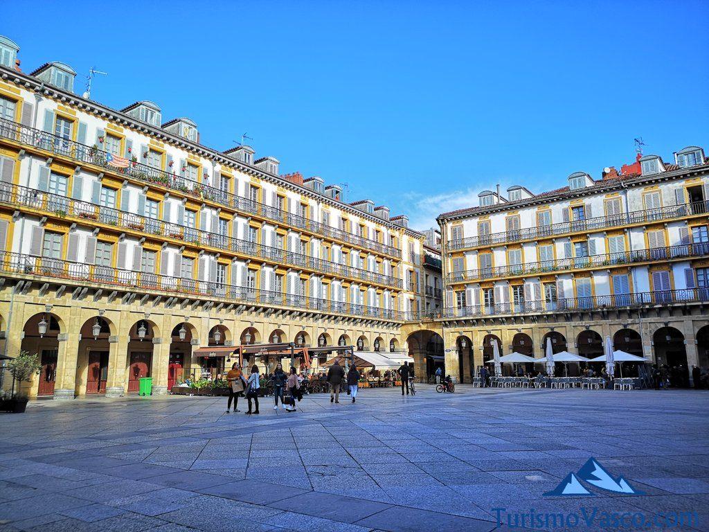 constitucion, que ver en Donostia San Sebastian
