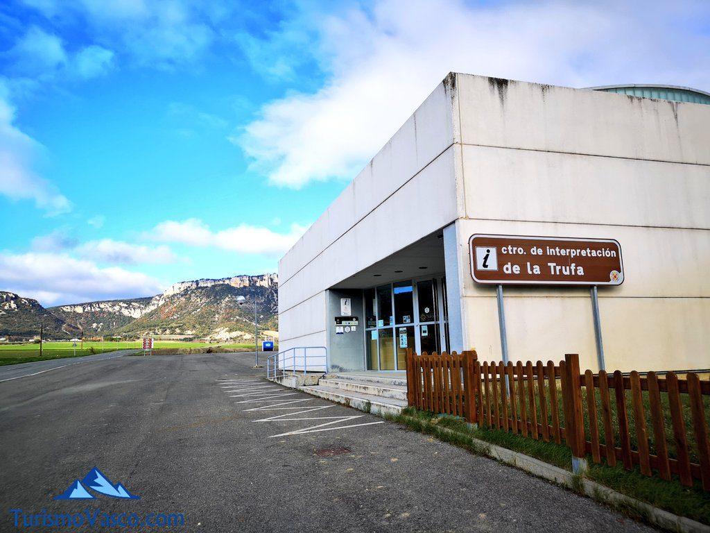 exterior museo, trufaexperiencia experiencia trufa navarra