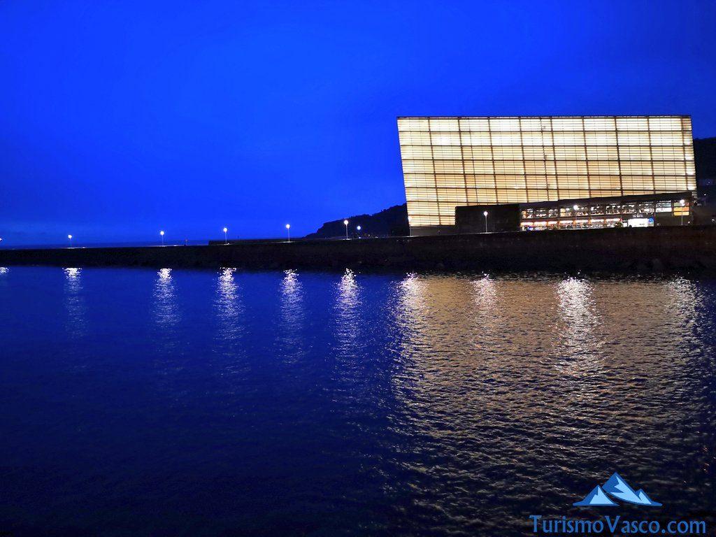 kursaal de noche, que ver en Donostia San Sebastian