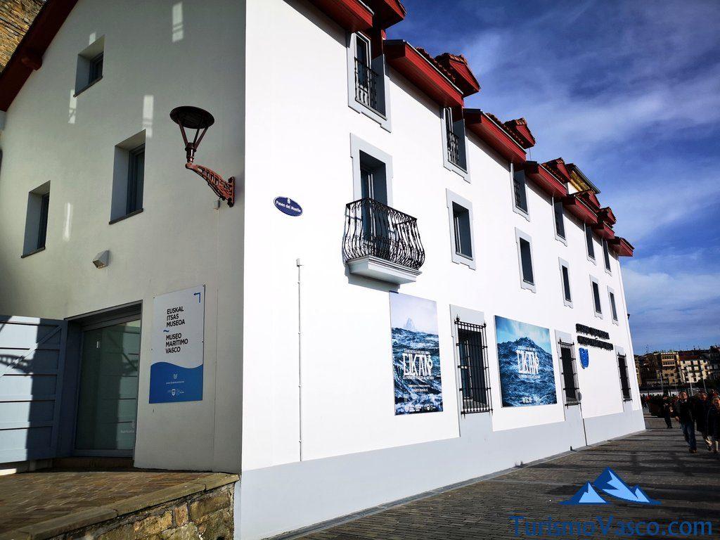 museo maritimo edificio, que ver en Donostia San Sebastian