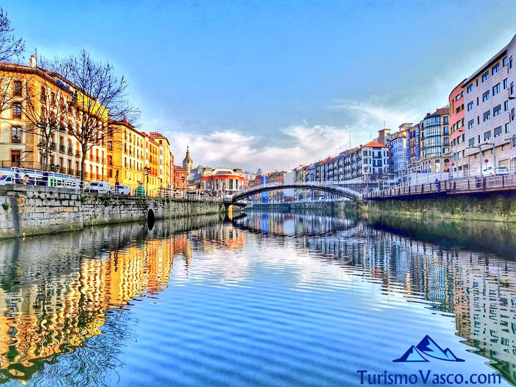 ria de Bilbao, casco viejo, bilbao la vieja