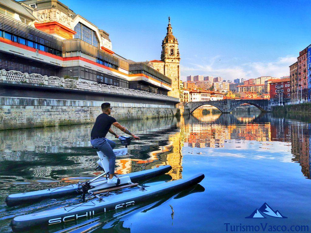 puente san anton, bicicletas acuaticas en bilbao