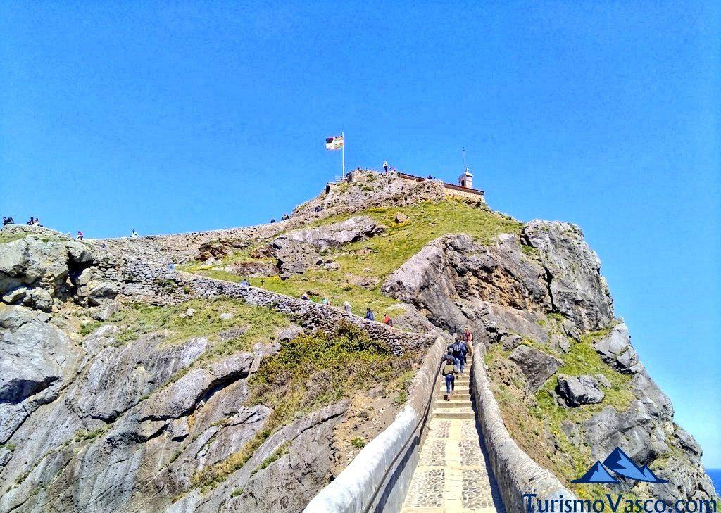 subida a San Juan de Gaztelugatxe, camino de San Juan de Gaztelugatxe