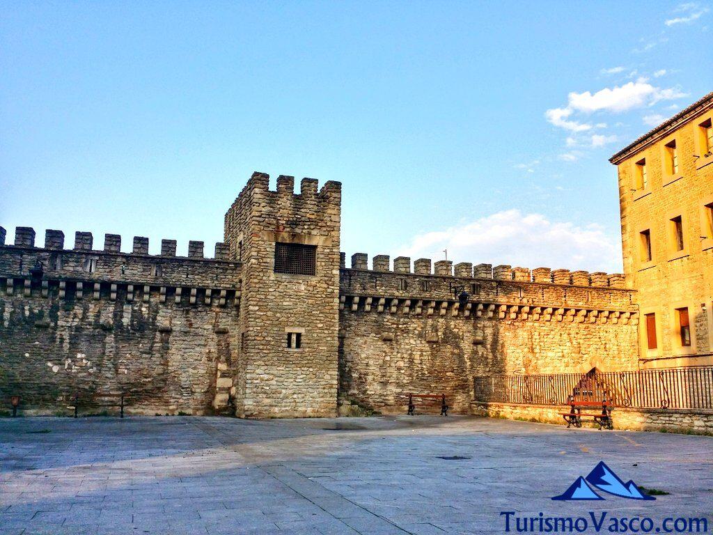 muralla casco historico, visitas guiadas en Vitoria Gasteiz