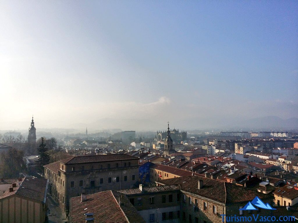 vistas desde la catedral nueva, santa maria, visitas guiadas en Vitoria Gasteiz