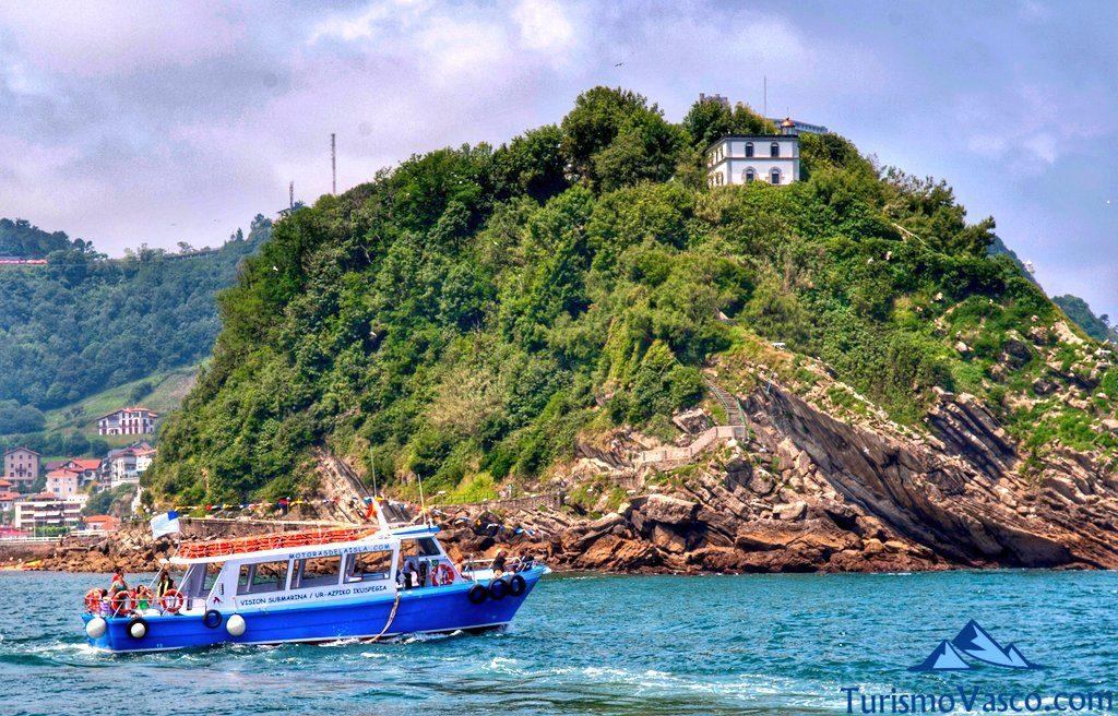 barco a la isla, rutas en barco en Donostia San Sebastian
